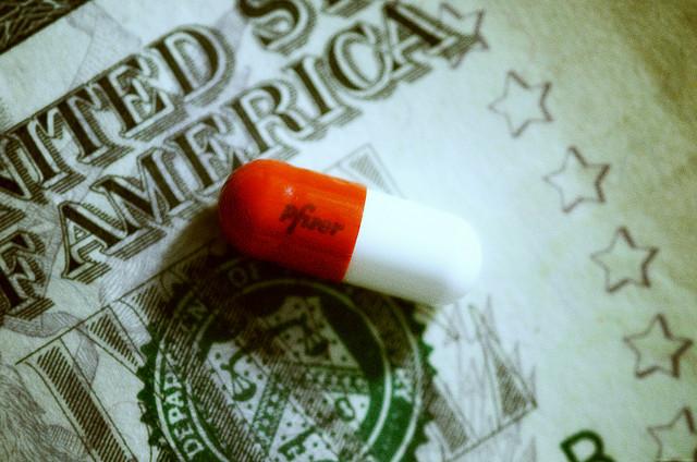 red-white-pill-dollar